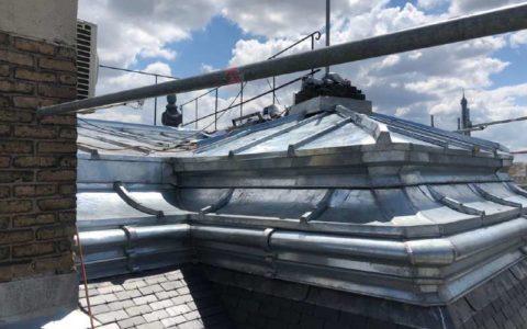 Réalisation toiture ardoise et zinc