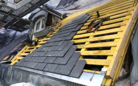 Renovation d'une toiture en ardoises