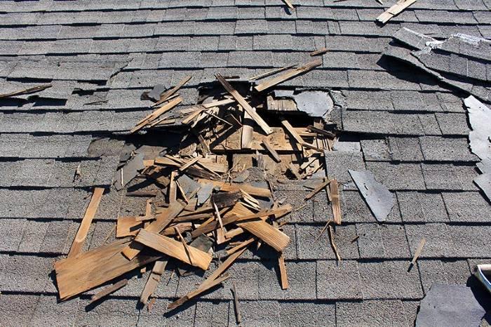 10 signaux qui annoncent le remplacement d'une toiture